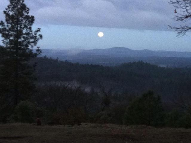 El Dorado County hilltop moonset/sunrise in MarchThank you Jacinda Layman.